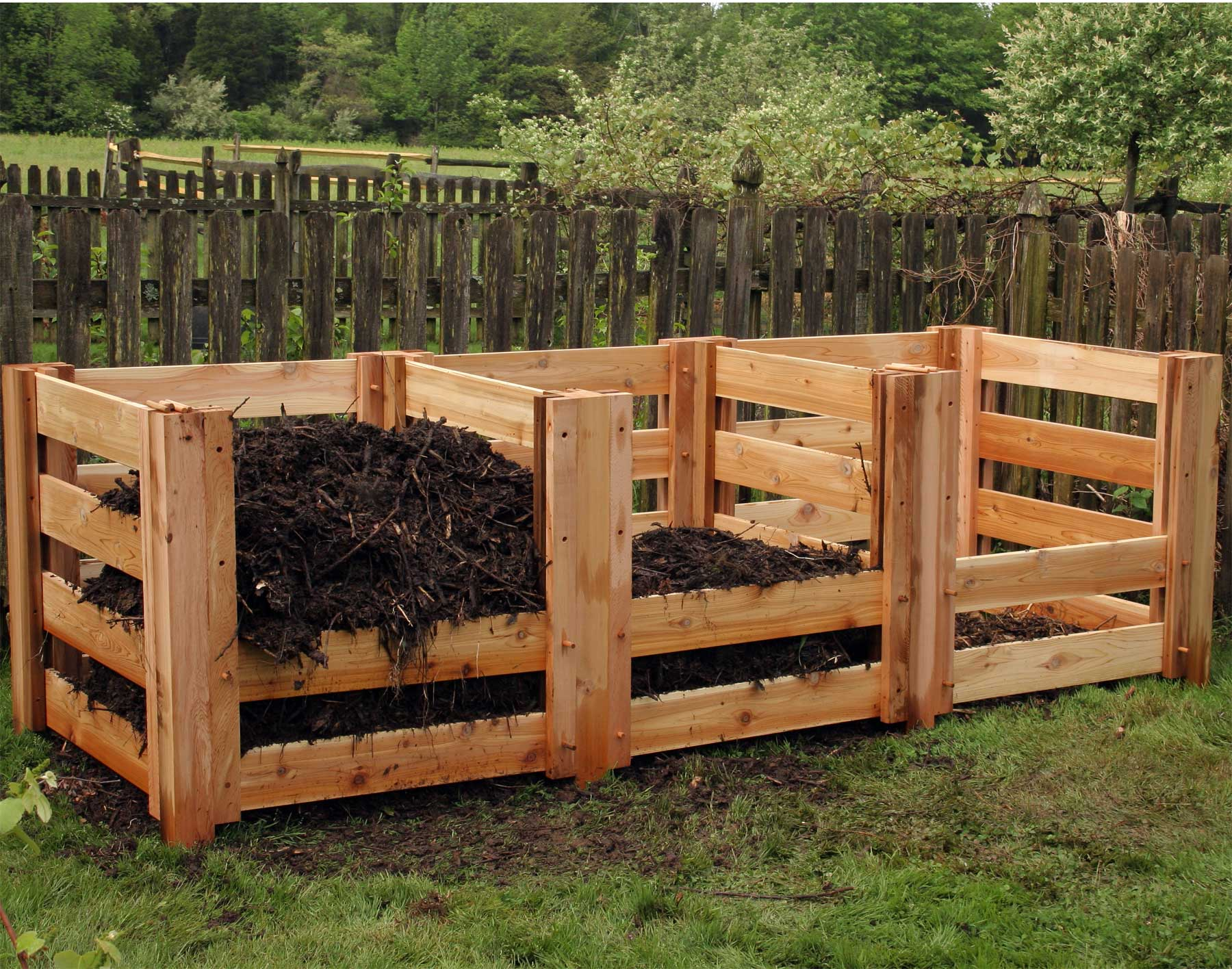 Renoirs Red Cedar 3 Compartment Compost Bin