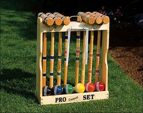 six player croquet set courtesy of backyardgardener.com
